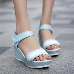Tomma - Wedge Sandals