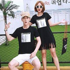 Azure - Couple Matching Printed Short Sleeve T-Shirt / Fringe Hem Dress