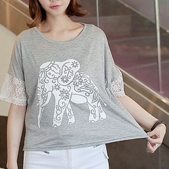 CLICK - Lace-Trim Elephant Print T-Shirt