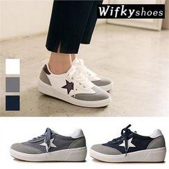 Wifky - Faux-Suede Trim Appliqué Sneakers