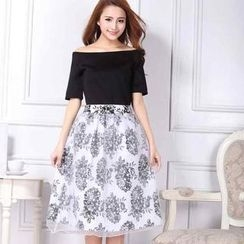 Ando Store - Set: Off-Shoulder Top + Floral Skirt