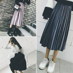 Moon City - Pleated Velvet Midi Skirt