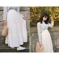 MOCOBLING - Tiered A-Line Maxi Skirt