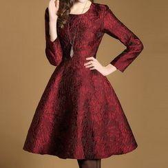 LunarS - Jacquard Long Sleeve A-Line Dress
