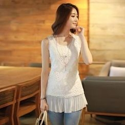 Styleonme - Sleeveless Floral Lace Top
