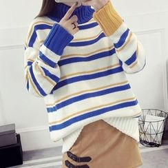 FR - Striped Turtleneck Sweater