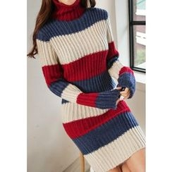 REDOPIN - Turtle-Neck Contrast-Trim Knit Dress