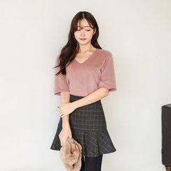 Seoul Fashion - V-Neck Short-Sleeve Fleece T-Shirt
