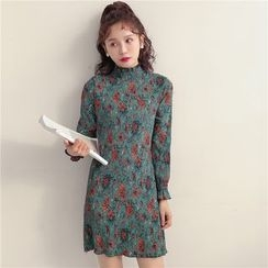 AiAi Bear - Floral Print Mock Neck Shift Dress
