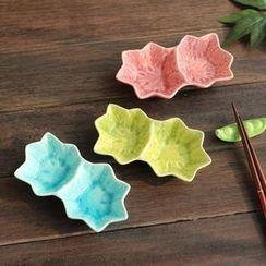 Timbera - Maple Leaf Ceramic Sauce Plate