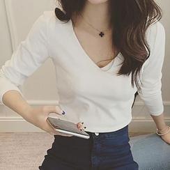 Cloud Nine - Long-Sleeve V-Neck T-Shirt