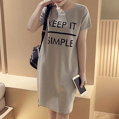 Reis - Letter Short-Sleeve T-shirt Dress