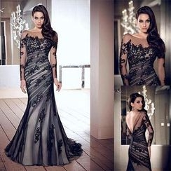 Katemi - Lace Evening Gown