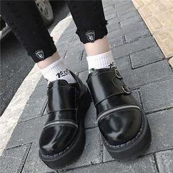 時尚麥樂 - 扣帶拉鏈平底鞋