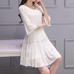 Arroba - 3/4-Sleeve Pleated Dress