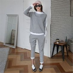 CHICFOX - Set: Contrast-Trim Fleece-Lined Sweatshirt + Sweatpants
