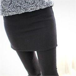 Styleberry - Inset Skirt Fleece-Lined Leggings