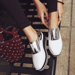 JY Shoes - Metallic Panel Platform Slip Ons