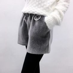 Color7 - Paneled Shorts
