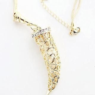 Gossip Girl - Perforated Wolf Fang Necklace