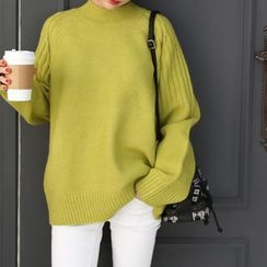 DANI LOVE - Raglan-Shoulder Colored Knit Top
