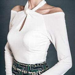 Yilda - 露肩挂脖上衣/迷你裙
