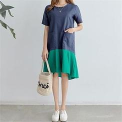 PEPER - Short-Sleeve Color-Block Dress