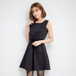 Tokyo Fashion - Sleeveless Tie-Waist Dress