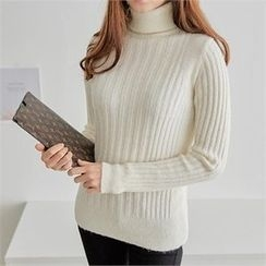PEPER - Turtle-Neck Plain Knit Top