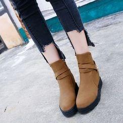 One100 - Platform Paneled Short Boots