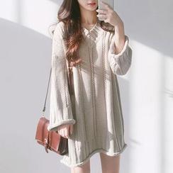 Cloud Nine - V-Neck Sweater Dress