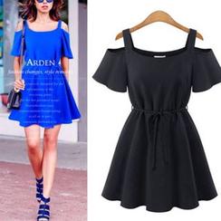 VIZZI - Cut Out Shoulder Short Sleeve Dress