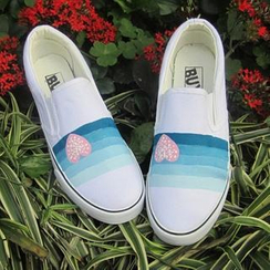 HVBAO - Painted Heart Canvas Slip-Ons