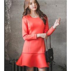 Dowisi - Long Sleeve Ruffle Hem Neoprene Dress