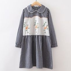 ninna nanna - Flower Embroidered Gingham Collared Long Sleeve Dress