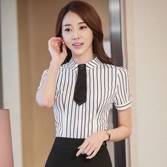 illusione - Short-Sleeve Striped Blouse / Pencil-Cut Skirt