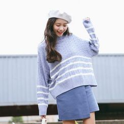 SUYISODA - Striped Mock Neck Sweater