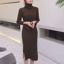 Aurora - 针织连衣裙