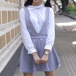 GOGO Girl - Set: Tie Neck Shirt + Check Jumper Skirt