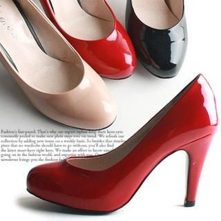 Reneve - Round-Toe Patent Pumps