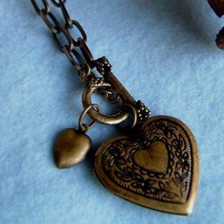 MyLittleThing - Vintage Heart Locket Necklace