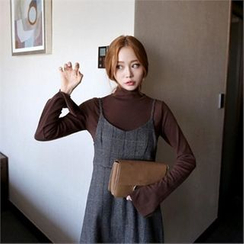QNIGIRLS - Turtle-Neck Slit-Sleeve Sweater