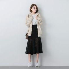 BORAN - Ruffle Hem Lace Midi Skirt