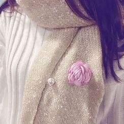 MOORE - Flower Faux Pearl Brooch