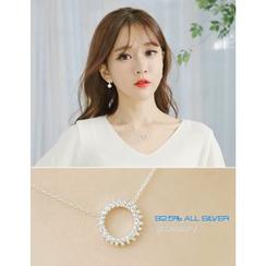 soo n soo - Rhinestone Circle Pendant Silver Necklace