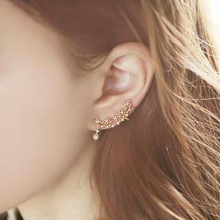 soo n soo - Cubic-Accent Floral Curved Ear Cuff
