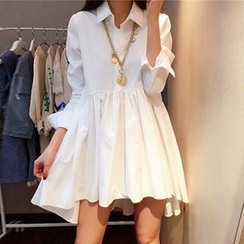 Dream Girl - Dip-Back Long-Sleeve Shirtdress