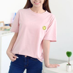HazyDazy - Embroidered Smiley Boxy T-Shirt