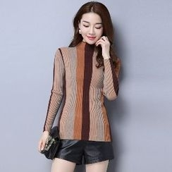 Romantica - Long-Sleeve Color-Block Knit Top