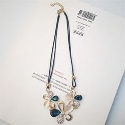Ticoo - Cat's Eye Stone Flower Necklace